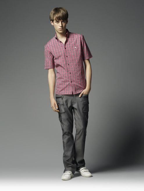 Benjamin Wenke0042_Burberry Black Label Summer 2010