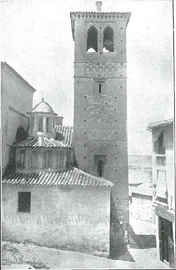 Iglesia de Santa Leocadia hacia 1914. Fotografía de Pedro Román Martínez para revista La Esfera
