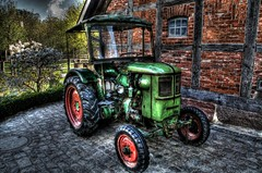 HDR - Zoo 1 (Michis Bilder) Tags: tractor zoo farm hannover hdr