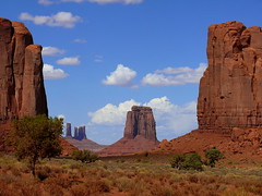 Window Monument Valley (rolfspicture) Tags: arizona usa monument nature landscape valley