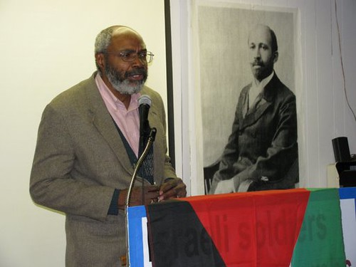 "Abayomi Azikiwe, editor of the Pan-African News Wire, addressing the ""African-Americans Speak Out for Palestine"" forum on January 31, 2009 in Detroit. (Photo: Alan Pollock) by Pan-African News Wire File Photos"