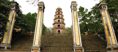 Thien Mu Pagoda - Hue, Vietnam