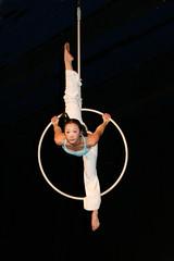 Elizabeth_Gaumond_7752 (Zaldun Urdina) Tags: circo circus aerial flex cirque contortion aro contorsion frontbend bihurrikari elizabethgaumond