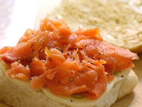 Salmon & apple cucumber sandwich