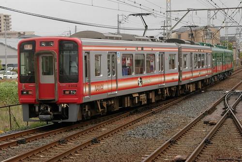 Nankai2300series(first 2cars) in Shirasagi,Sakai,Osaka,Japan 2009/4/26