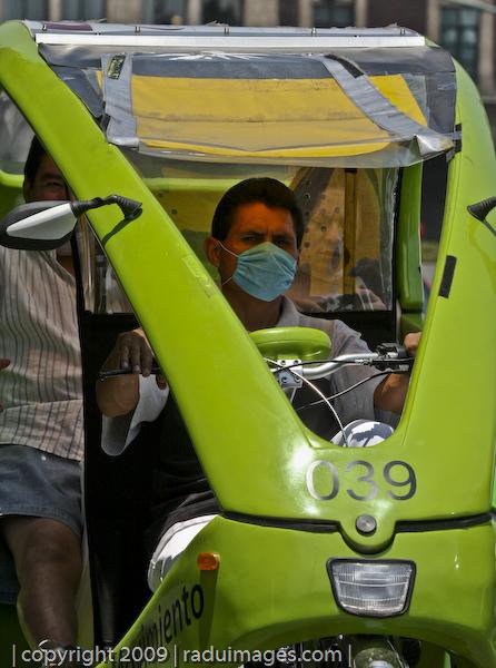 Moto-taxi Cubre Bocas