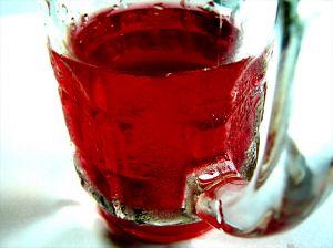 815675_red_liquid