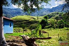 Pra sossego geral (Rostev) Tags: ranch nature brasil landscape nikon sãopaulo natureza paisagem sp sítio d200 piquete valedoparaíba clearwaters nikond200 águasclaras rostev rodrigoteofilo nikon18105mmvr restauranteepousada