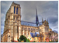 Notredame (lato) (in eva vae) Tags: city paris france art monument colors architecture arte searchthebest cathedral monumento gothic chiesa francia architettura hdr notredamedeparis parigi cattedrale rosone gotico rosewindow aplusphoto goldstaraward rubyphotographer mallmixstaraward