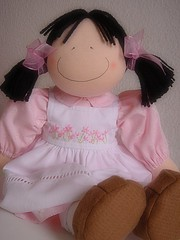 Black hair (Doll's Boutique-Cludia Kuba) Tags: cute kids bonecas dolls clothdolls kidsdecor decoraoinfantil bonecasdepano fabricdolls cutedolls