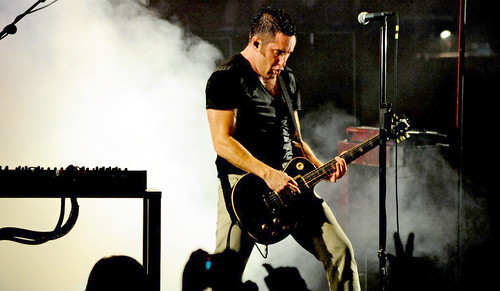 20090609 - Nine Inch Nails - Trent Reznor (playing guitar) - (by Elizabeth Bouras) - 3615187069_3066809f80_o