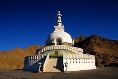 Leh, Ladakh (Madhu_Reddy) Tags: india sep leh ladakh 08 shantistupa