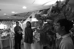 R0016957 (ezraGRD) Tags: thailand bangkokstreetscene bangkoksnapshots bangkokstreetphotography