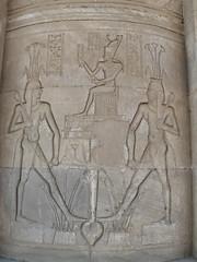 Egypte, Dendara: l'union des deux Egyptes (Marie-Hlne Cingal) Tags: temple egypt horus hathor misr dendera dendara denderah dendra