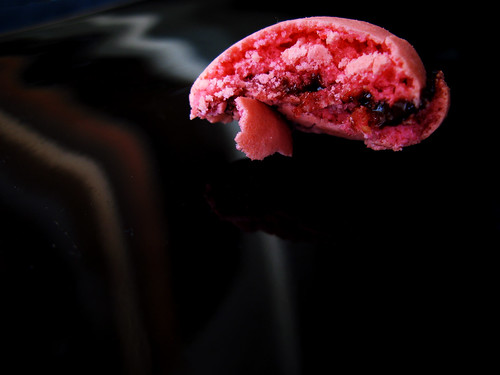 Raspberry Macarons (bitten)