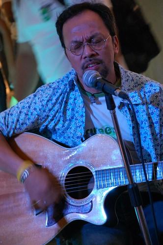 Noel Cabangun for Havaianas