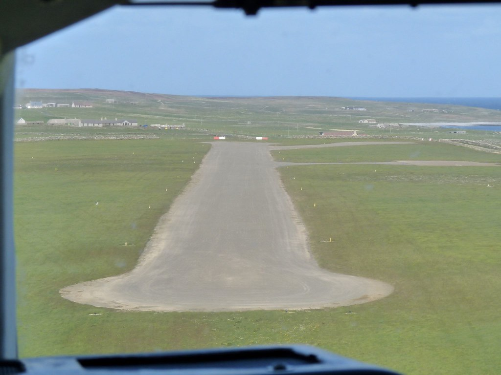 Landing 2 Minutes Later On Papa Westray