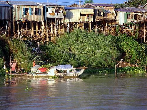 WW boat-dweller