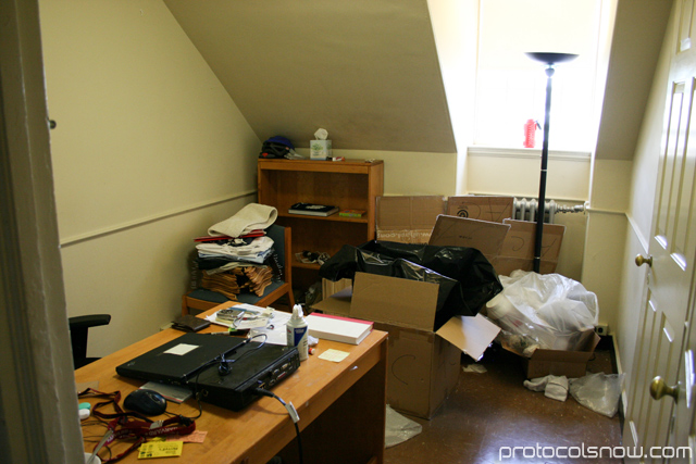 harvard dormitories rooms pictures to pin on pinterest