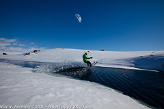 Rider: Bjrn Kaupang, Hardangervidda, Norway (Marius Arnesen) Tags: kite fone hardangervidda haugastl snowkite bjrnkaupang