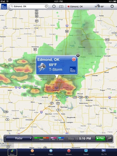 Severe thunderstorm with hail over Oklahoma City