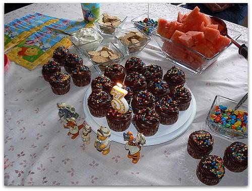 Three year old Winnie The Pooh Cupcakes