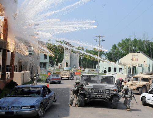 [フリー画像] 戦争・軍隊, 兵士, アメリカ陸軍, 201106180100