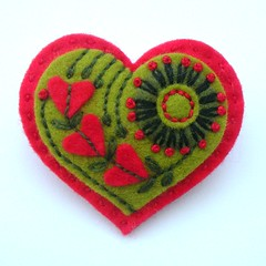 EMBROIDERED HEART FELT BROOCH - VALENTINE'S DAY (APPLIQUE-designedbyjane) Tags: heart brooch felt valentine embroidered