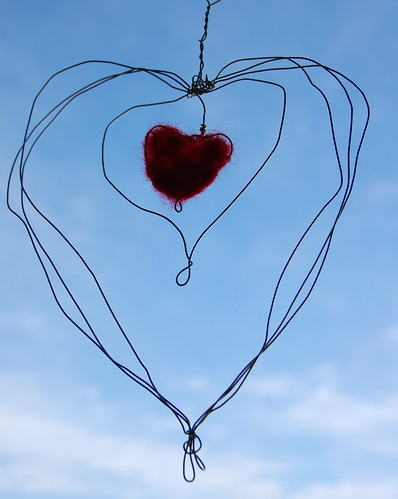 Wire wrapped needle felted heart 2