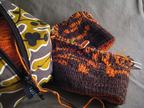 Tapestry Cowl - inching along