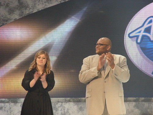 Kelly Clarkson and Ruben Studdard. Photo by Mark Goldhaber.