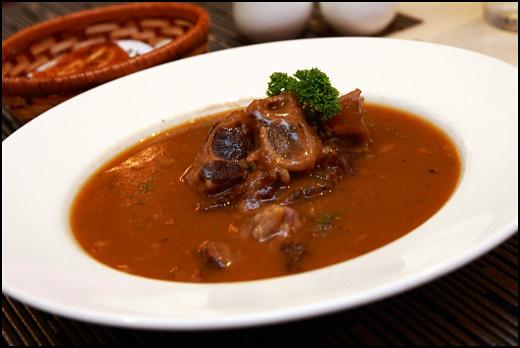 ox-tail-soup
