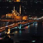 Mesquita Yeni Cami i pont de Galata. Istambul.