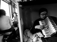 火車上的手風琴