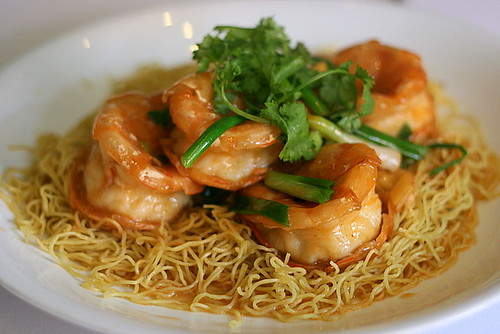 how to make king prawn chow mein