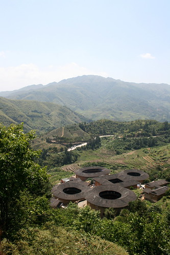 Tianluokeng Tulou Cluster (by niklausberger)