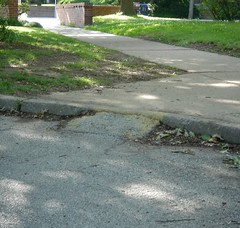 Makeshift curb ramp