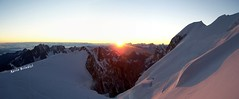 Alba da Col Maudit (4345) - Monte Bianco (Marioleona) Tags: alps ice alpes mario glacier mount climbing monte chamonix alp mont blanc ghiaccio sunrice valdaosta ghiacciaio maudit mariobrindisi cainapoli