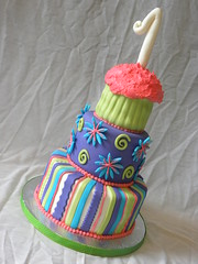 Fun 1st Birthday Cake! (The Sweet Divine) Tags: 1stbirthday smashcake funcake oreocake