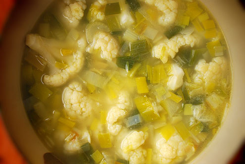 Cauliflower & Cheddar Soup