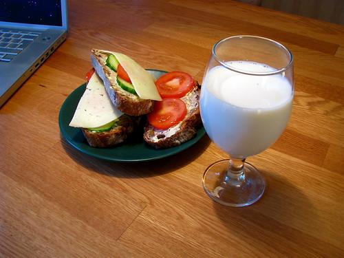 Sandwiches with milk