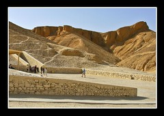 (906) The Valley of the Kings / Luxor / Egypt (unicorn 81) Tags: africa old travel history architecture geotagged northafrica egypt egyptian egipto 2009 ägypten egitto egypte reise egypten rundreise roundtrip egipt égypte mapegypt nordafrika egypttrip april2009 ægypten thevalleyofthekings αίγυπτοσ ægyptusintertravel ägyptenreise meinjahr2009