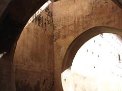 Arches (Carlitos) Tags: africa morocco maroc marrakech medina marrakesh marruecos   marrakechtensiftelhaouz almarib