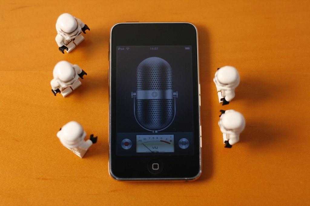 iPod OS 3: Voice Memo, the app
