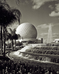 Disney's EPCOT B & W (hz536n/George Thomas) Tags: sky bw film water epcot florida disney kodachrome wdw canonae1 spaceshipearth quadtone smrgsbord blackwhitephotos p1f1 5stardisneyaward