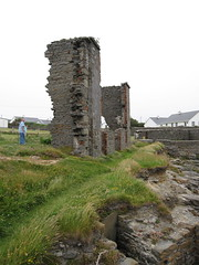 seaside ruin (jeffc5000) Tags: ireland spanishpoint coclare armadahotel