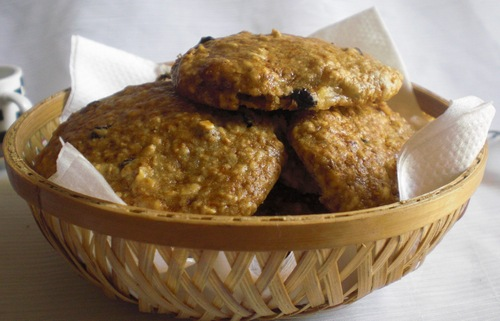 Oats and banana scones