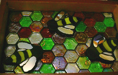 Bee Happy (Jenny Bowman/Mad4Mosaics) Tags: mosaic bee tray 2008 exchange