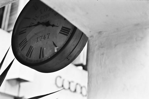 你那裡幾點?What's your time? (by 小帽(Hat))