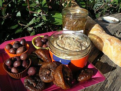 olives et figues séchées.jpg
